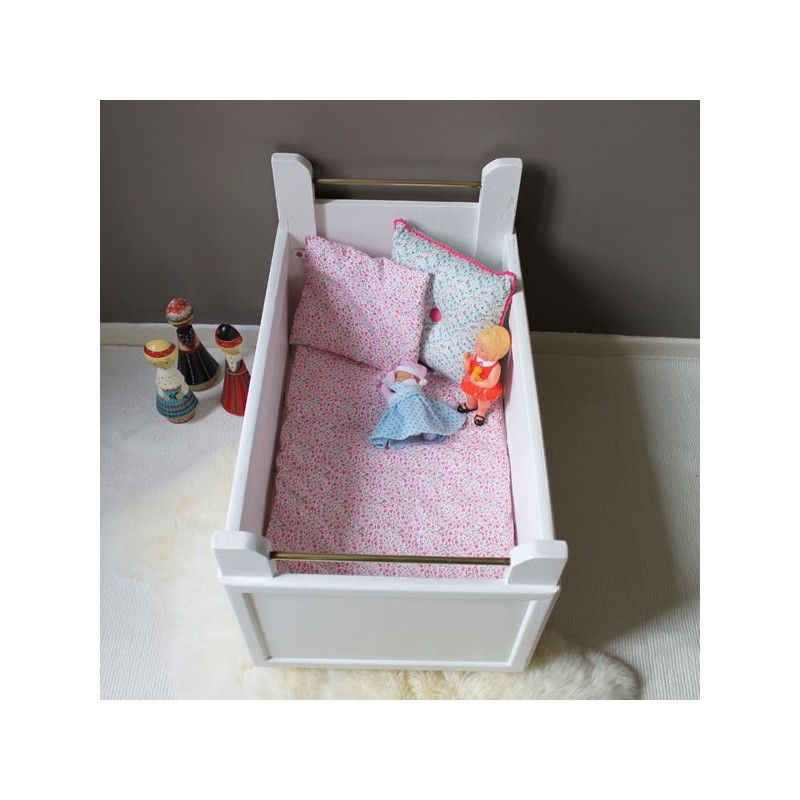lit poup e vintage. Black Bedroom Furniture Sets. Home Design Ideas